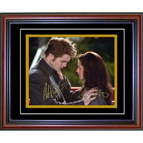 Robert Pattinson & Kristen Stewart Autographed / Signed Framed 8x10 Photo
