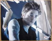 Robert Pattinson Twilight signed 8x10 photo PSA/DNA autograph