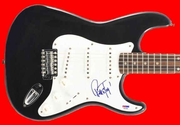 Robert Trujillo Metallica Signed Guitar Autographed PSA/DNA #T21396