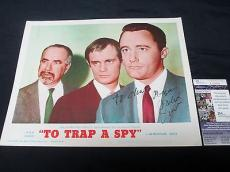 Robert Vaughn Signed To Trap A Spy Lobby Card U.N.C.L.E. JSA COA