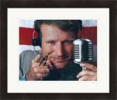 Robin Williams autographed 8x10 photo (Good Morning Vietnam)  #SC1 Matted & Framed