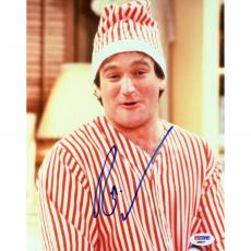 """Robin Williams Autographed Red & White Shirt 8"""" x 10"""" Photograph - BAS"""