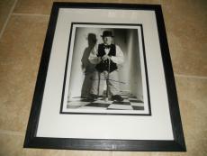 Robin Williams Signed Framed 11x14 Photo Display W Holographic COA PSA Guarantee