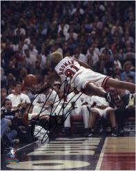 NBA Chicago Bulls Dennis Rodman Autographed 8'' x 10'' Photo - Mounted Memories