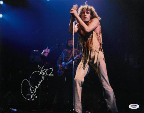 Roger Daltrey signed The Who 11x14 Photo (horizontal)- PSA Hologram (music/entertainment)