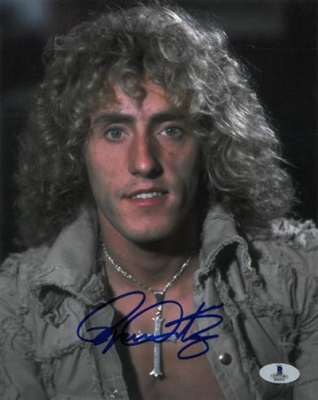 Roger Daltrey signed The Who 8x10 Photo- Beckett #B01573 (music/entertainment)