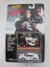 Roger Moore Authentic Signed Diecast 007 James Bond Auto Psa/dna X48542