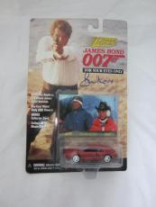 Roger Moore Authentic Signed Diecast 007 James Bond Auto Psa/dna X48547