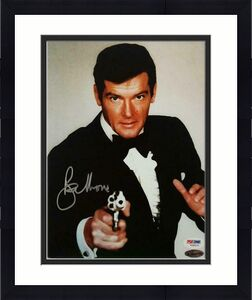 Roger Moore autograph 007 James Bond signed 8x10 photo ~ PSA/DNA COA