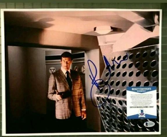 Roger Moore Bas Beckett Coa Hand Signed 11x14 James Bond Photo Autograph