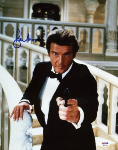 Roger Moore James Bond 007 Signed 11X14 Photo Autographed PSA/DNA 2