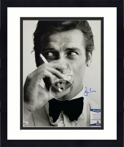 Roger Moore James Bond 007 signed 16x20 photo #4 Autograph ~ Beckett BAS COA
