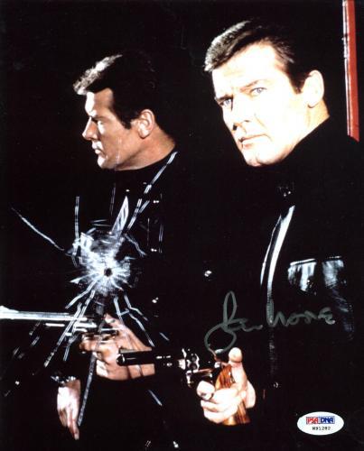 Roger Moore James Bond 007 Signed 8x10 Photo Autographed PSA/DNA 1