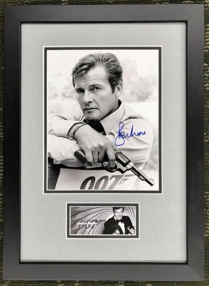 ROGER MOORE- JAMES BOND 007 signed 8x10 photo custom framed display- PSA COA