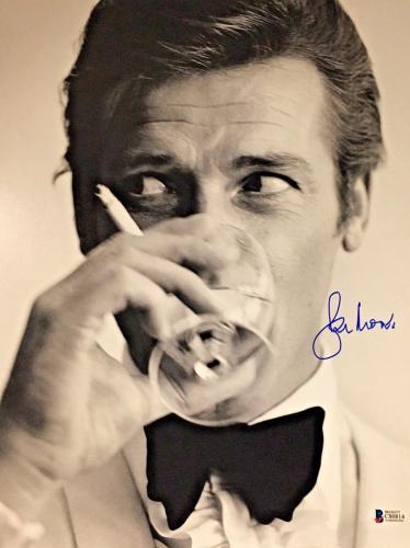 Roger Moore James Bond 007 Signed Authentic 11X14 Photo Autographed BAS COA #13
