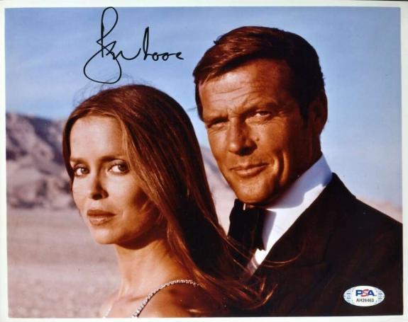 Roger Moore PSA DNA Cert Signed 8x10 James Bond 007 Photo Autograph