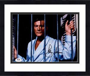 Roger Moore PSA DNA Coa Signed 8x10 James Bond Photo Certified Autograph