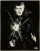 Roger Moore Signed 11x14 James Bond 007 photo auto #7 w/ Beckett BAS COA
