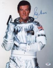Roger Moore Signed 11x14 Photo Auto Psa/dna W41825