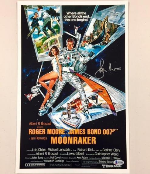 ROGER MOORE Signed JAMES BOND Moonraker 11x17 Movie Poster Photo BAS Beckett COA