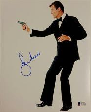 Roger Moore Signed 8x10 James Bond 007 photo auto #1 w/ Beckett BAS COA