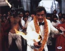 Roger Moore Signed Authentic Photo 11x14 James Bond 007 Psa W41735