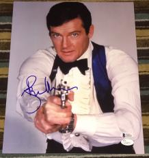 Roger Moore Signed Autograph James Bond Classic Gun Pose 11x14 Photo Jsa L74077