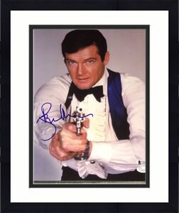 Roger Moore Signed Autograph James Bond Classic Gun Pose 11x14 Photo Jsa Beckett
