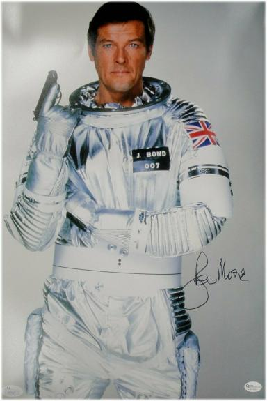 Roger Moore Signed Autographed 10X15 Photo James Bond Classic Pose JSA 8402594