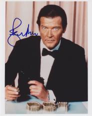 "ROGER MOORE Signed Autographed ""JAMES BOND 007"" 8x10 Photo PSA/DNA #C23348"