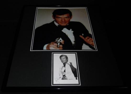 Roger Moore Signed Framed 16x20 Photo Poster Display JSA James Bond B