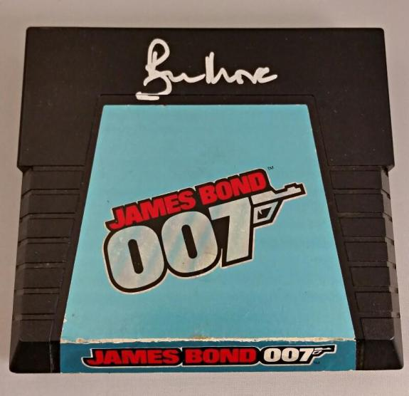 ROGER MOORE Signed James Bond 007 Atari Game Cartridge Autograph w/ PSA/DNA COA