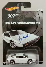 ROGER MOORE Signed James Bond 007 LOTUS ESPRIT S1 Hot Wheel *#001* /007 PSA/DNA
