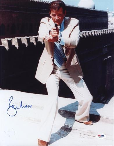 Roger Moore Signed James Bond 007 Photo 11X14 - Autographed PSA DNA