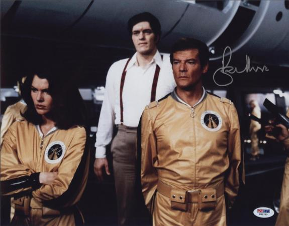 Roger Moore Signed James Bond 007 Photo 11x14 - Autographed PSA DNA 23