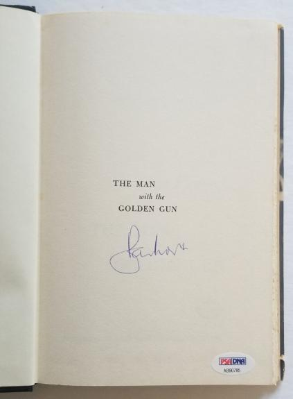 ROGER MOORE Signed JAMES BOND Man with the Golden Gun Fleming Book PSA/DNA COA