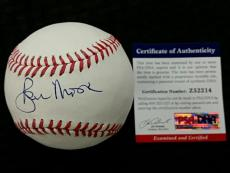 ROGER MOORE Signed Rawlings Baseball Auto JAMES BOND 007 Actor w/ PSA/DNA COA