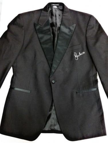 ROGER MOORE Signed Tuxedo Jacket Suit Blazer JAMES BOND 007 w/ Beckett BAS COA