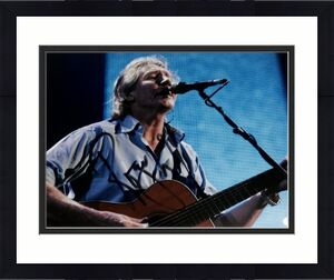 ROGER WATERS SIGNED AUTOGRAPH PINK FLOYD WALL GUITAR 11x14 PHOTO PSA/DNA Z97629
