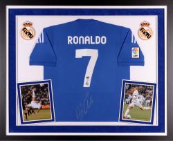 RONALDO, CRISTIANO FRMD AUTO (DELUXE) (REAL MADRID) JRSY - Mounted Memories