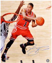 Derrick Rose Chicago Bulls Autographed 16'' x 20'' Layup Photograph - Mounted Memories