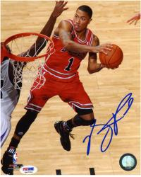 NBA Chicago Bulls Derrick Rose Autographed 8'' x 10'' Photo - Mounted Memories