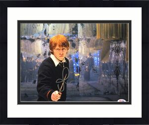 Rupert Grint Signed 'Harry Potter' 11x14 Photo *Ron Weasley PSA AE94286