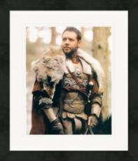 Russell Crowe 8x10 photo (Gladiator) Image #2 Matted & Framed
