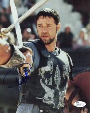RUSSELL CROWE HAND SIGNED 8x10 COLOR PHOTO        BEST GLADIATOR POSE        JSA