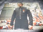 RUSSELL CROWE SIGNED AUTOGRAPH 8x10 PHOTO LES MISERABLES PROMO IN PERSON COA D