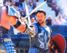 Russell Crowe Signed Autographed 16X20 Photo Gladiator Action Shot PSA Y48905