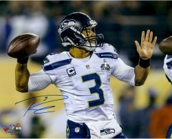 Russell Wilson Seattle Seahawks Super Bowl XLVIII Champions 16'' x 20'' Autographed Throwing Photo - Mounted Memories