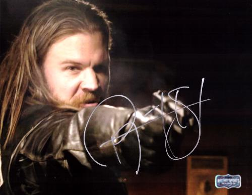 Ryan Hurst Signed Sons Of Anarchy 8x10 Photo - Pointing Gun