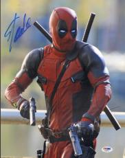 RYAN REYNOLDS & STAN LEE Signed Autographed DEADPOOL 11x14 Photo PSA/DNA AB46876